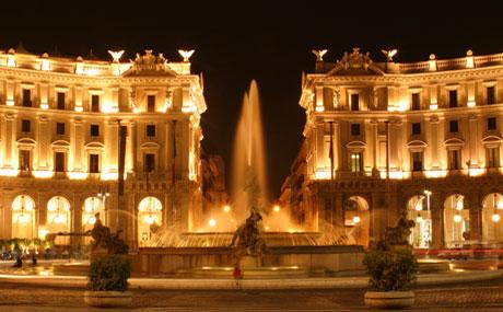 Place de la République – Visite de nuit à Rome