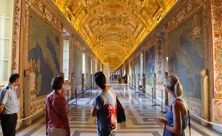 Visite privée du Vatican - À la Galerie des Cartes Géographiques en Dehors des Heures d'Ouverture avec IWU